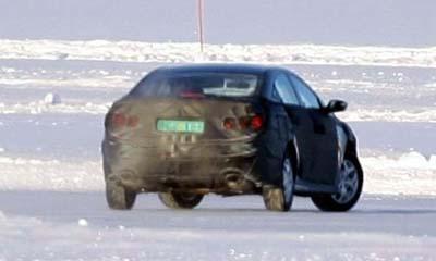 Шпионски снимки: новият Hyundai Sonata 0005-2010-hyundai-sonata-2
