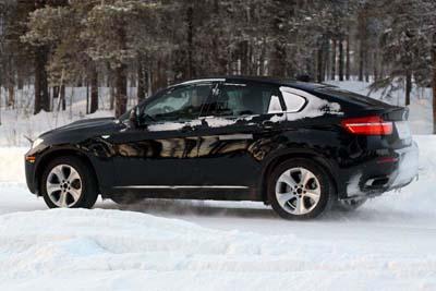 Шпионски снимки: BMW X6 Hybrid Bmw-x6-hybrid-4